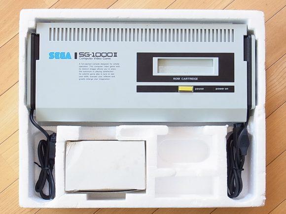 SEGAの家庭用テレビゲーム機 SG-1000Ⅱ   昭和ノスタルジー
